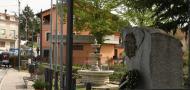 ---monumento-e-fontana.JPG